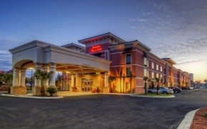 hampton inn & suites in Destin, FL