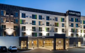 Courtyard Marriott-Vinnings 001